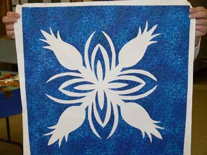 Blue-white pineapple