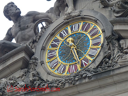 And a close up of the clock...what detail!  What art!